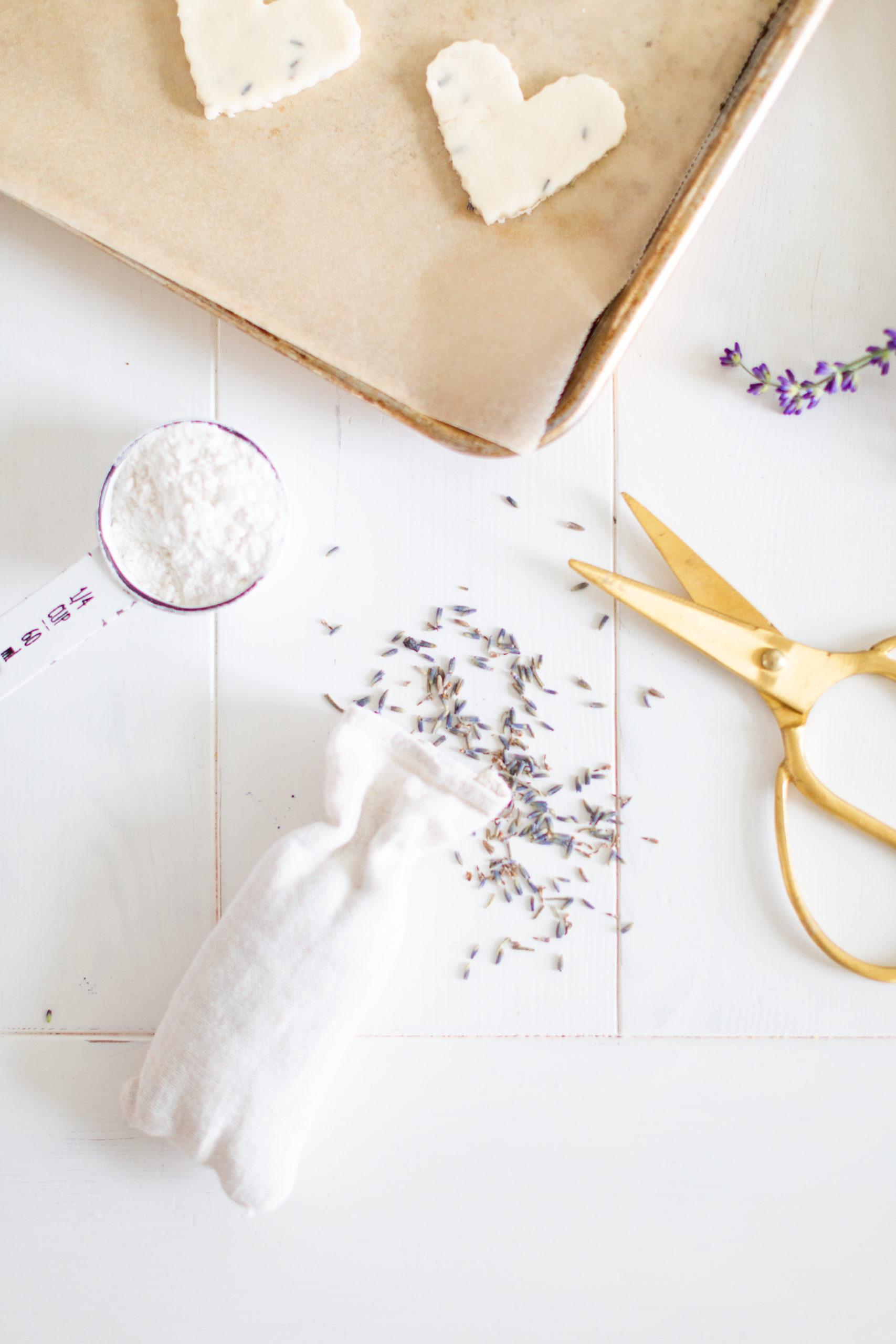 Easy Lavender Shortbread Cookie Recipe