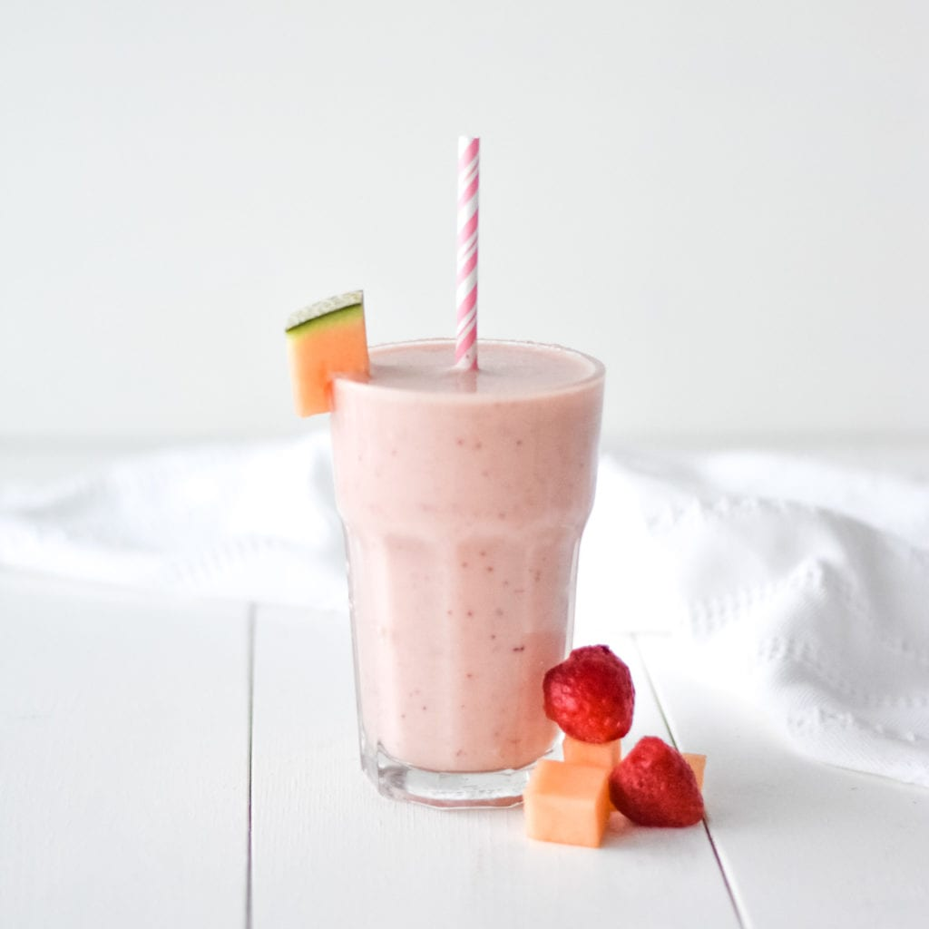 cantaloupe strawberry smoothie